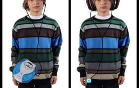 funny-kid-big-headphones